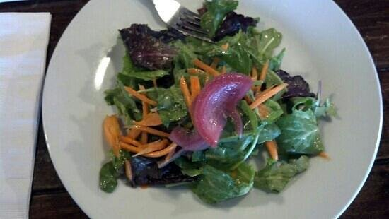 Sammy's Bistro: the small salad with unbelievable good Passion fruit vinegarete.   yummy
