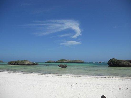 Mimi na Wewe...in Africa!: Sun Palm beach