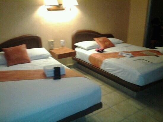 Hotel LunaSol: hab 4