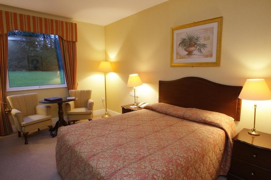 Boyne Valley Hotel & Country Club : Guest Bedroom
