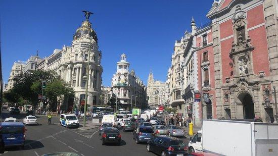 Holiday Inn Madrid: Edificio Metrópolis