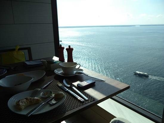 Four Points by Sheraton Sandakan: Buffet Breakfast at The Eatery Restaurant on 13th Floor
