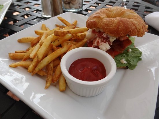 Citrus Seafood Restaurant : Lobster BLT