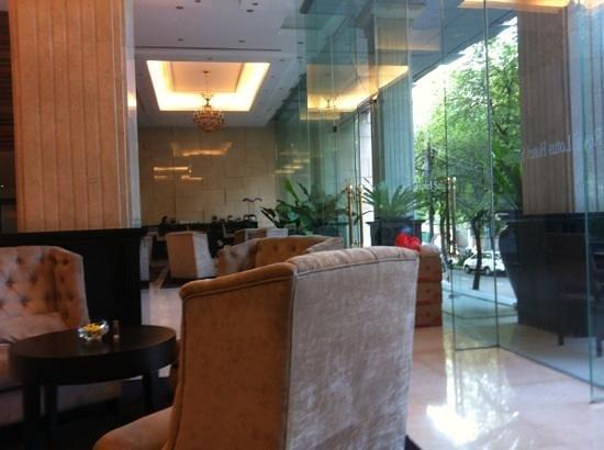 Paragon Saigon Hotel : ホテルロビー