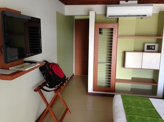 Waira Suites Hotel : quarto