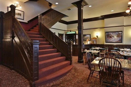 52 Stafford Restaurant