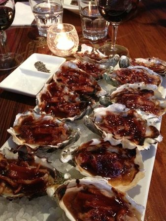 The Northern Club: Entree - Oysters Kilpatrick