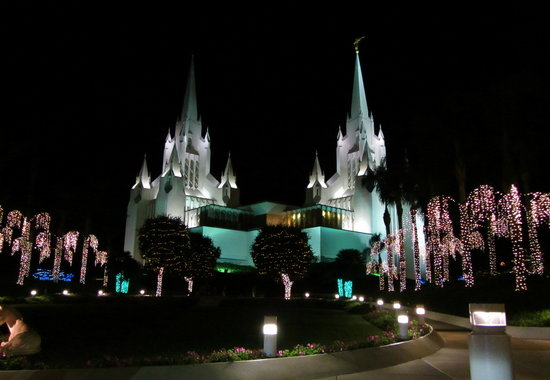 San Diego Mormon Temple: The lights are amazing at Christmas. Worth a drive around the parking lot with the family.