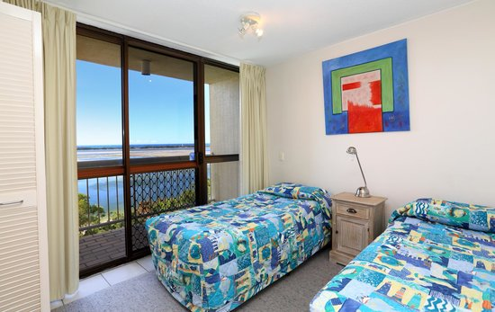 Gemini Resort : Bedroom with Ocean view
