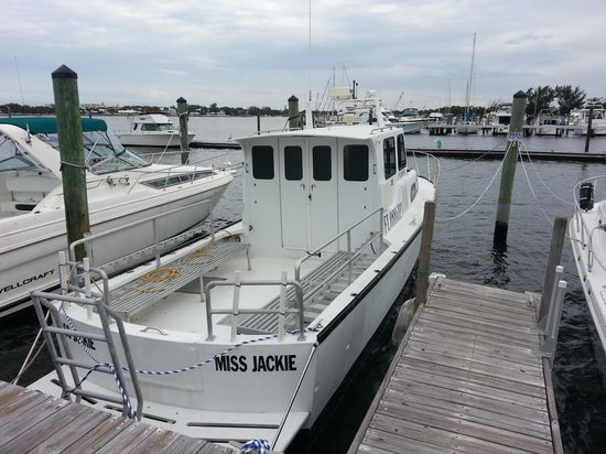 Calypso Dive Charters: Miss Jackie