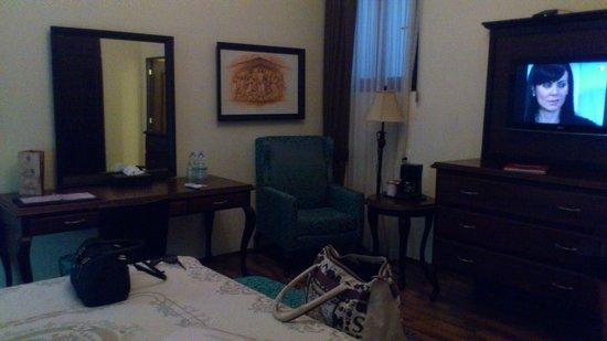 Hotel Morales Historical & Colonial Downtown Core: Muy cómoda, pero un poco oscura