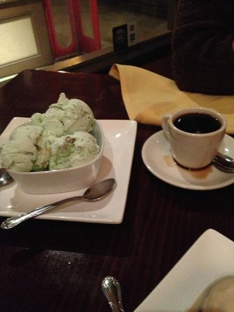 Mesob Ethiopian Restaurant: Pistachio Ice Cream and Ethiopian Coffee