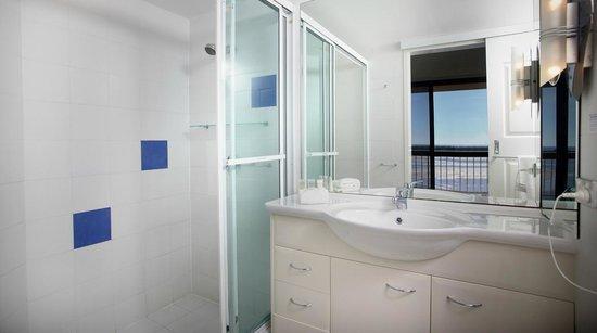 Gemini Resort : En-suite in a three bedroom apartment