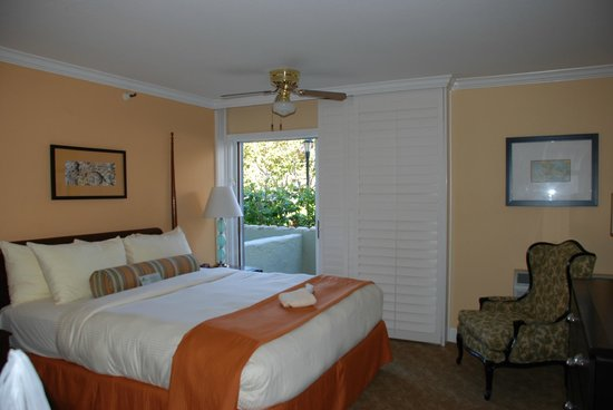 Carlsbad Inn Beach Resort: Bedroom/patio
