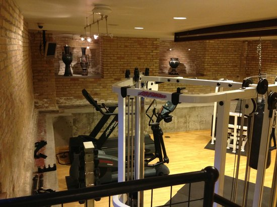 The Hotel Donaldson: gym