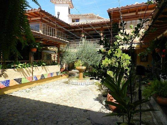 Hotel La Posada de San Antonio : Inner Courtyard