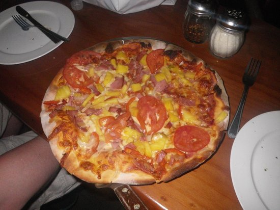 Rioasis: Hawaiin Pizza