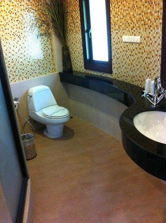 Golden Beach Resort : Bathroom