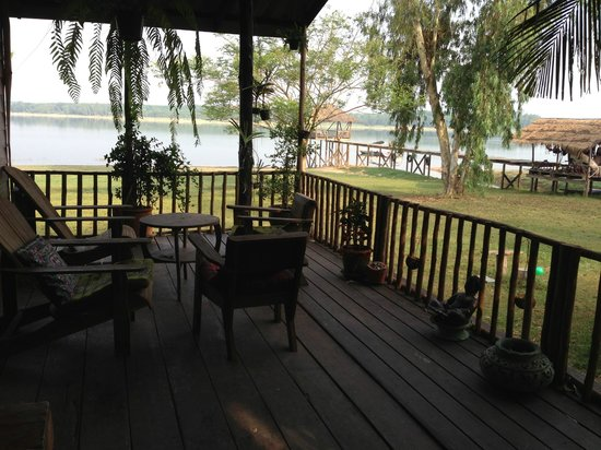 Wakeboarding Thailand Camp : view from deck of bungalow