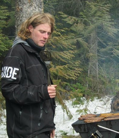 Rocky Mountain Riders Snowmobile Tours and Rentals: Matt was our chef as well as our guide