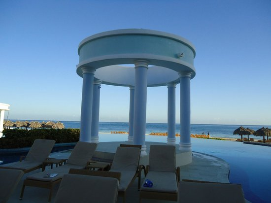 Iberostar Rose Hall Suites: Our favorite seats at the pool