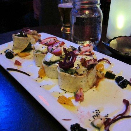 Nourish Bistro: Falafel