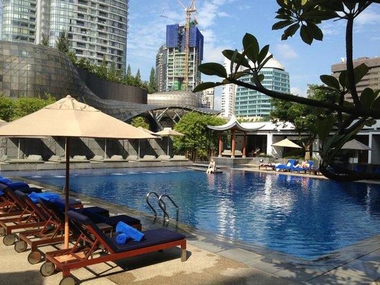 Singapore Marriott Tang Plaza Hotel: Pool