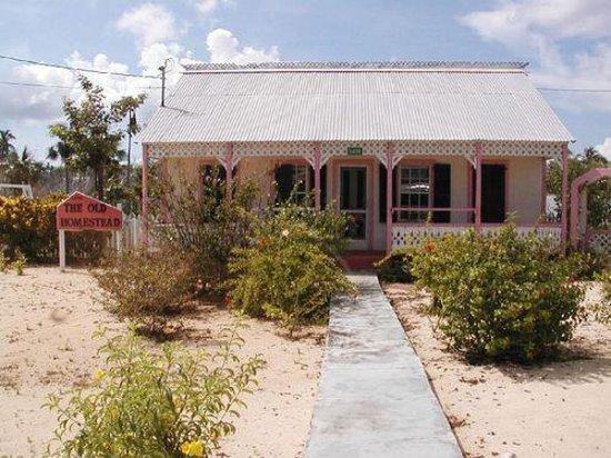 Little Cayman Museum: ..