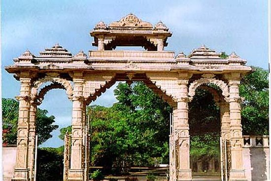 Vaasupujya Bhagwan Mahavir Jain Mandir