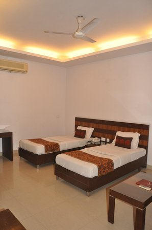 Hotel Sunrise Villa: Super delux rooms  with separate beds