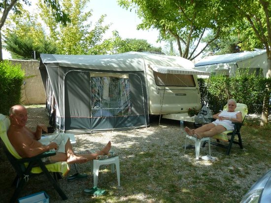 Camping du Theatre Romain : emplacement