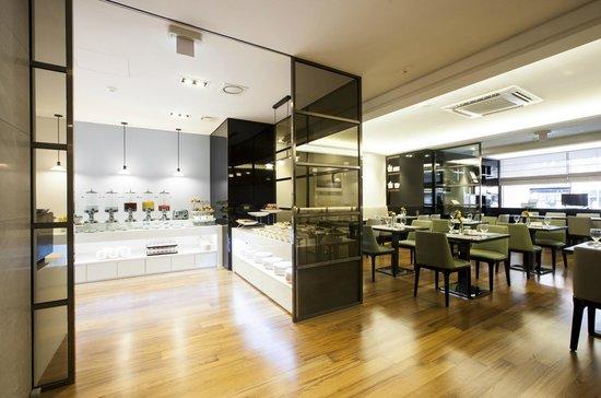 The Grand Hotel Myeongdong: The Grand Morning - Breakfast Restaurant