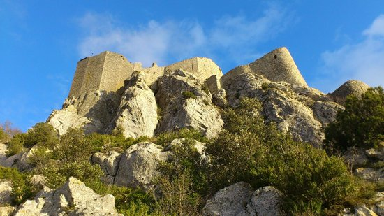 Les Marguerites: Chateau de Queribus