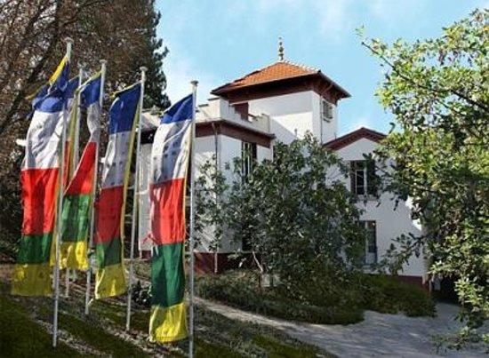 Digne les Bains, Prancis: samten dzong, maison d'Alexandra David-Néel