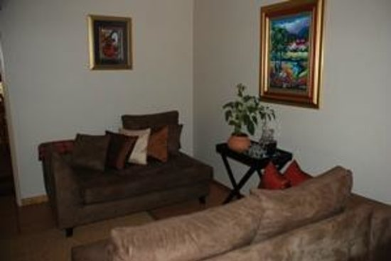 Aandbloem Guest House: Lounge