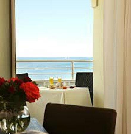 Mediterraneo Hotel & Suites: Vista Camera Grecale