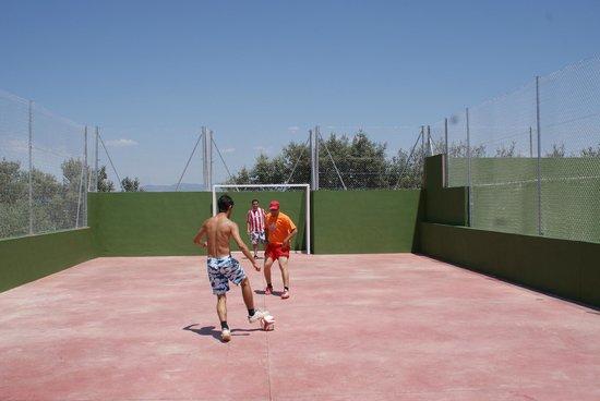 Camping Bungalows Mirador De Cabaneros: Pista de futbol indoor