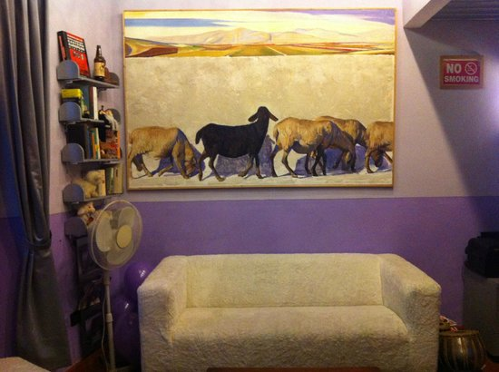 The Black Sheep Bed and Breakfast: Black sheep....