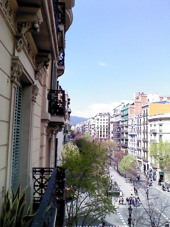 Stay In BCN Suites: street view