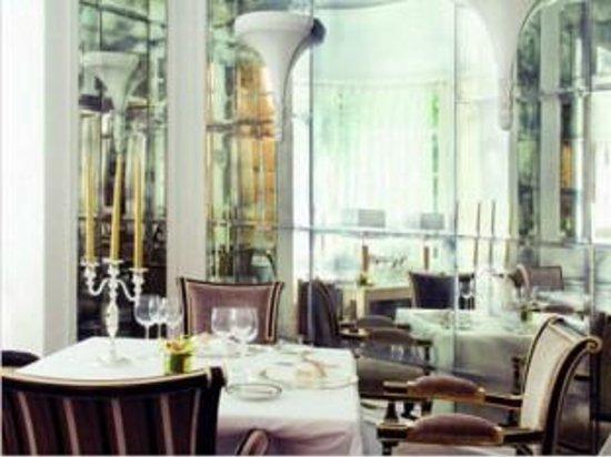 Dehors foto di ristorante filippo la mantia roma for Ristorante filippo la mantia milano