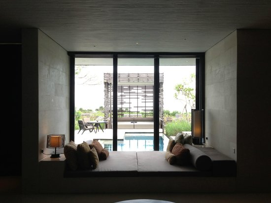 Alila Villas Uluwatu: Looking out onto our private pool from the room