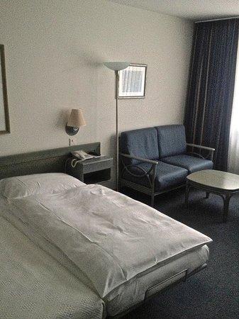 Hotel Wettstein: il letto