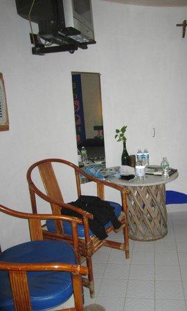 Acamaya Reef : our room, big bungalow