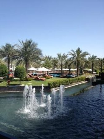 Jumeirah Zabeel Saray: Outdoor space