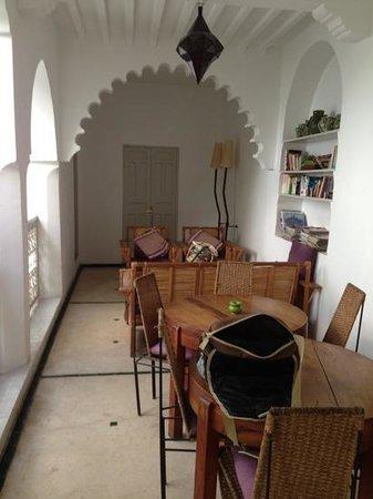 Riad Vert Marrakech: Library area