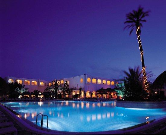 Piscina  Djerba Golf Resort & Spa