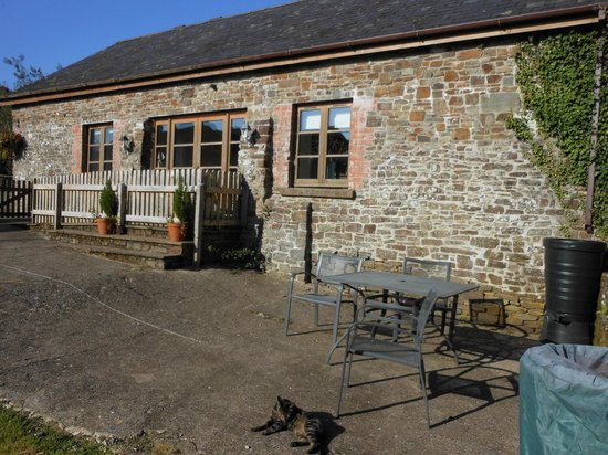 Birchill Farm Holiday Cottages: Our accomodation