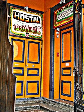 Hostal Providencia: Entrada al Hostal