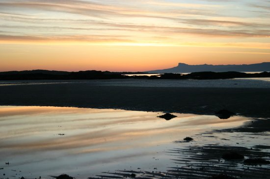 Sunnyside Croft Touring and Camping Site: Stunning sunsets any time of the year