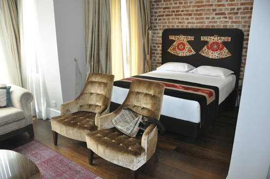 Azade Suites: Main Room (Family Suite)